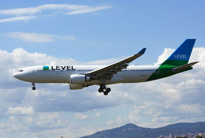 IAG adquiere tres nuevos aviones para Level por 601,7 millones de euros