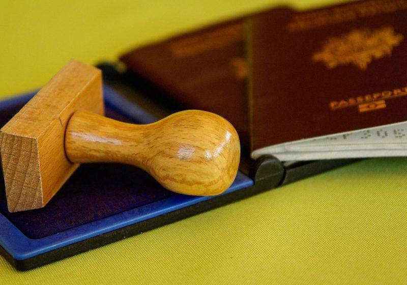 El plan para acabar con los pasaportes comenzará en 2020: así lo cambiará todo