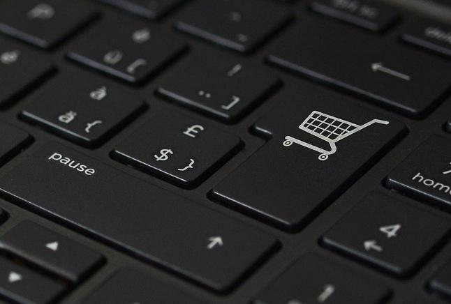 Booking.com, Expedia y HRS monopolizan la intermediación hotelera