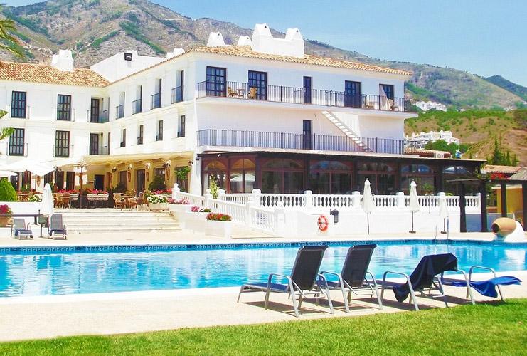 ILUNION Hotels certifica dos hoteles más como Centros Especiales de Empleo