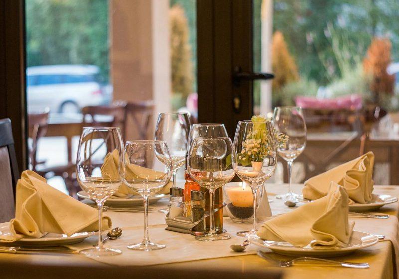 7 comidas que nunca deberías tomar en los restaurantes de un aeropuerto