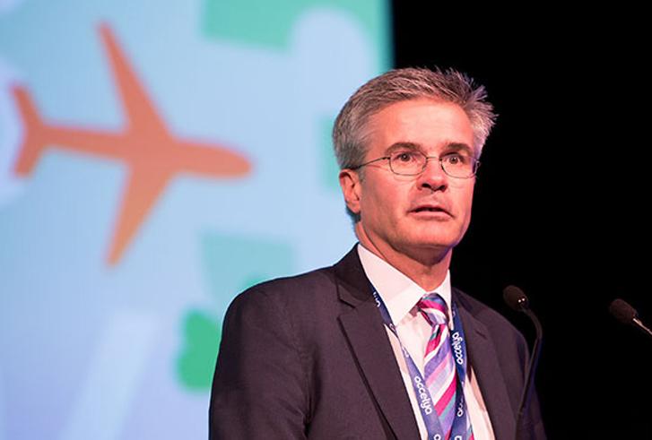 IATA allana el camino para que las aerolíneas obtengan datos de clientes de agencias