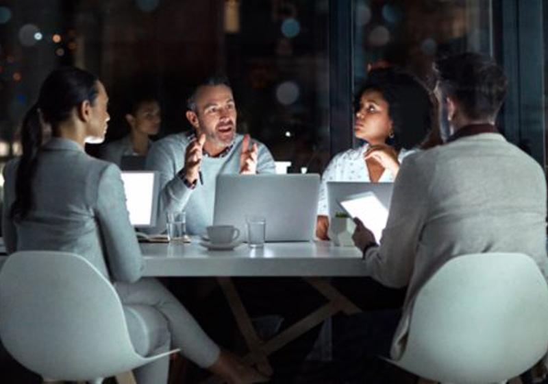 Estudio: las empresas reconocen la necesidad de modernizar la gestión de viajes y gastos corporativos, según un estudio de Forrester