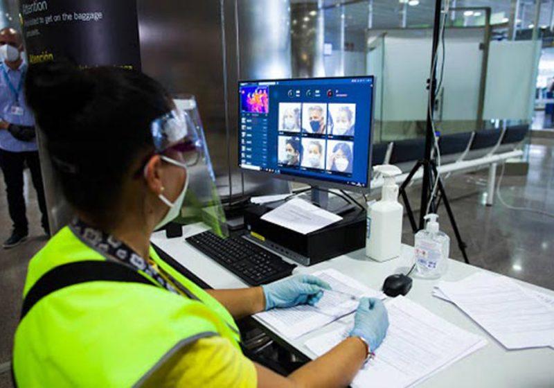A partir del 23 de noviembre, quienes lleguen a España por avión o barco de 65 países de riesgo deberán contar con una PCR negativa